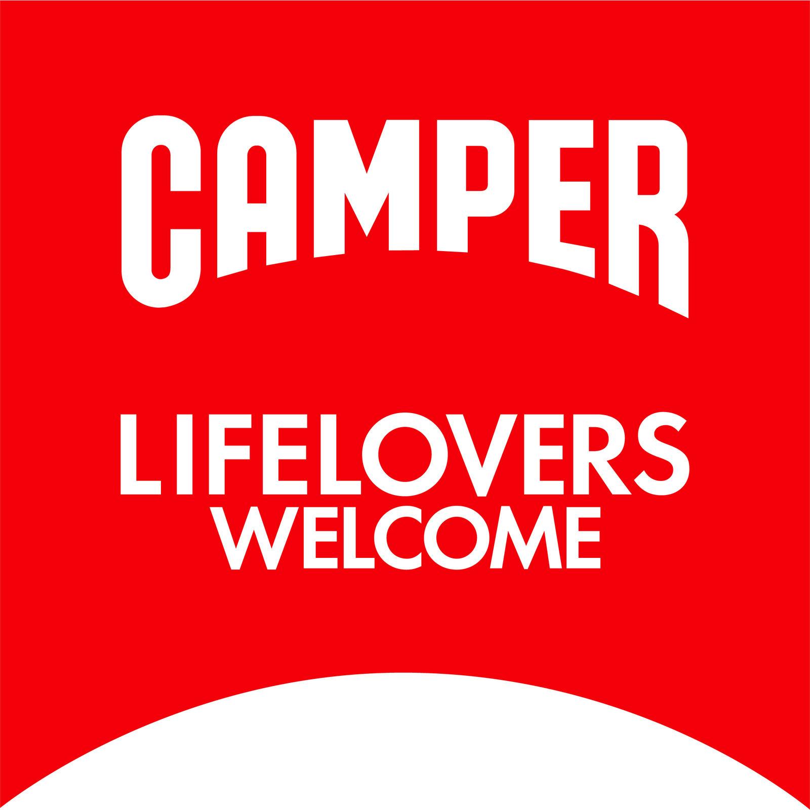 CAMPER (Bild 1)